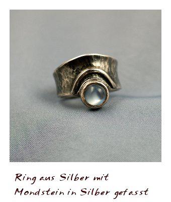 Ring_mit_Mondstein